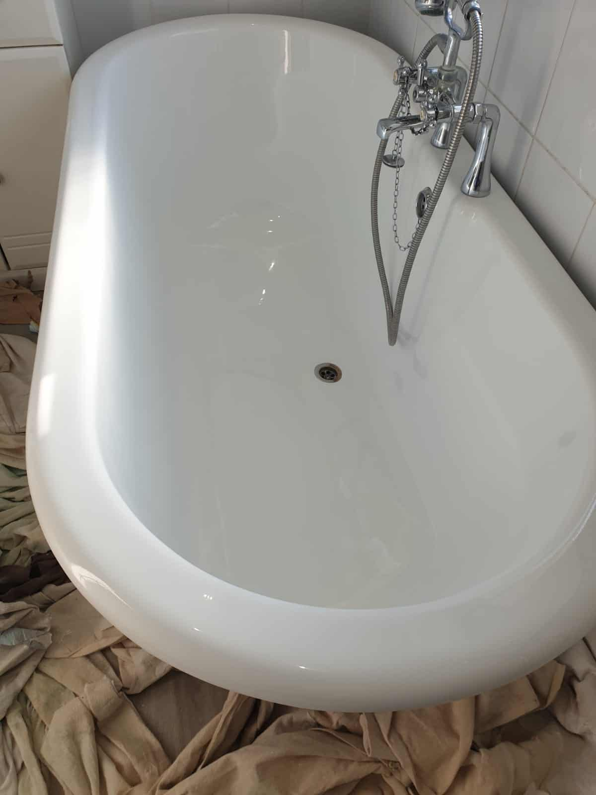 5 common examples of acrylic shower tray repair and acrylic bath repair. 14
