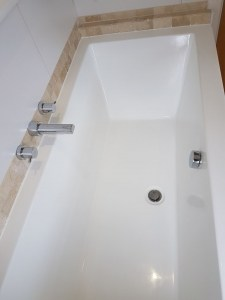 5 common examples of acrylic shower tray repair and acrylic bath repair. 2